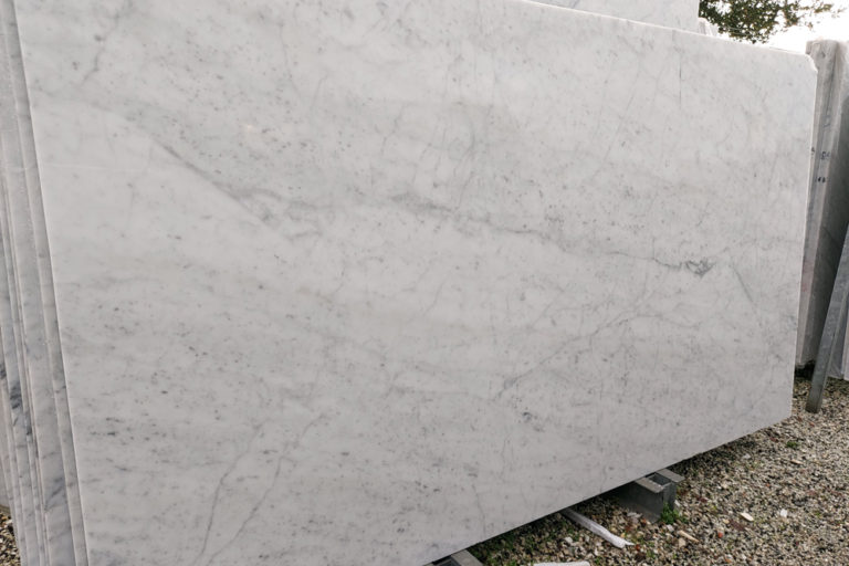 marmo bianco canaloni lastra